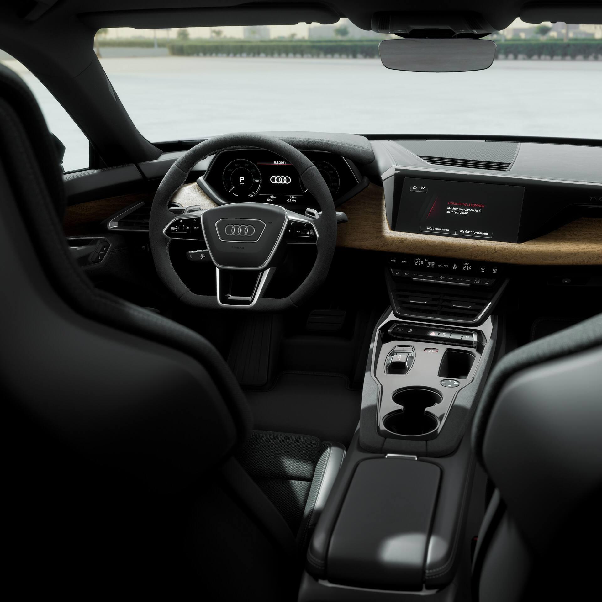 Audi e-tron GT cockpit
