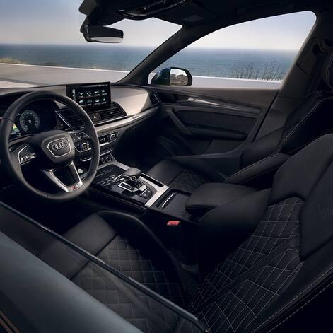 Interior Audi Q5 TFSI e