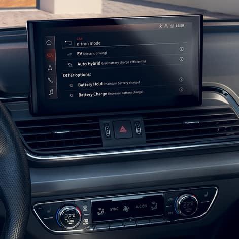 MMI system im Audi Q5 TFSI e