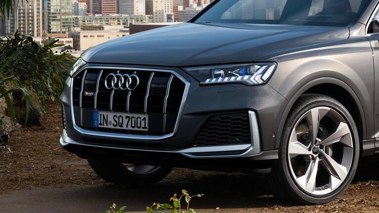 Front Audi SQ7 TDI