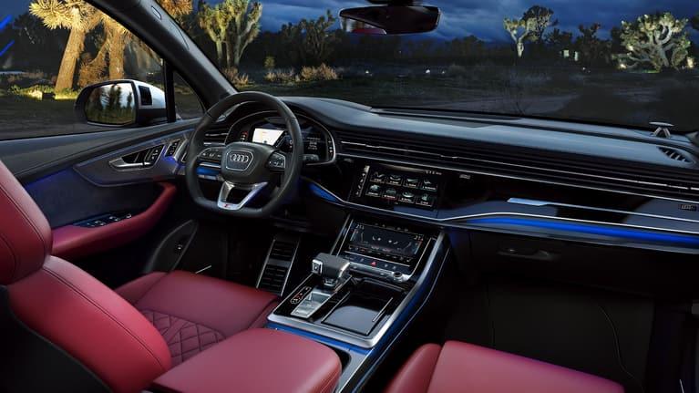 Interior of the Audi SQ7 TDI